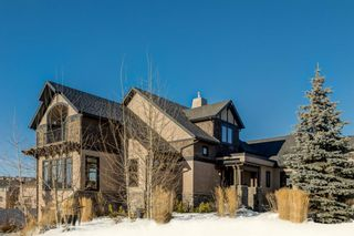 Photo 1: 195 Sienna Park Drive SW in Calgary: Signal Hill Detached for sale : MLS®# A1061914