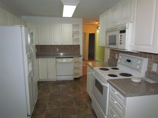 Photo 2: 34046 OLD YALE Road in Abbotsford: Central Abbotsford House for sale : MLS®# R2563332