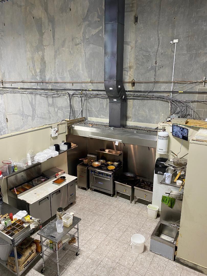 Main Photo: 104 19140 28 Avenue in Surrey: Hazelmere Business for sale (South Surrey White Rock)  : MLS®# C8040446