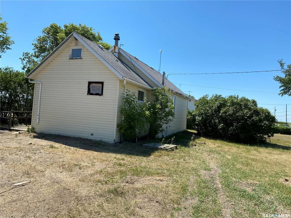 Main Photo: Dafoe Acreage in Big Quill: Residential for sale (Big Quill Rm No. 308)  : MLS®# SK864565