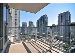"Photo 14: 1501 565 SMITHE Street in Vancouver: Downtown VW Condo for sale in ""VITA"" (Vancouver West)  : MLS®# V1076138"