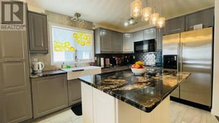 Photo 2: 715 3 Street SW in Drumheller: House for sale : MLS®# A1084772