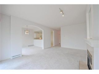 """Photo 3: 412 1785 MARTIN Drive in Surrey: Sunnyside Park Surrey Condo for sale in """"SOUTHWYND"""" (South Surrey White Rock)  : MLS®# F1419891"""