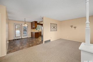 Photo 3: 242 Streb Crescent in Saskatoon: Parkridge SA Residential for sale : MLS®# SK851591