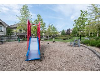 """Photo 18: 63 4401 BLAUSON Boulevard in Abbotsford: Abbotsford East Townhouse for sale in """"Sage at Auguston"""" : MLS®# R2061479"""
