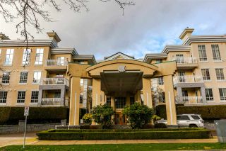"Photo 1: 312 5835 HAMPTON Place in Vancouver: University VW Condo for sale in ""ST. JAMES HOUSE"" (Vancouver West)  : MLS®# R2240075"
