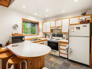 Photo 5: 2603 CALLAGHAN Drive in Whistler: Bayshores 1/2 Duplex for sale : MLS®# R2619706