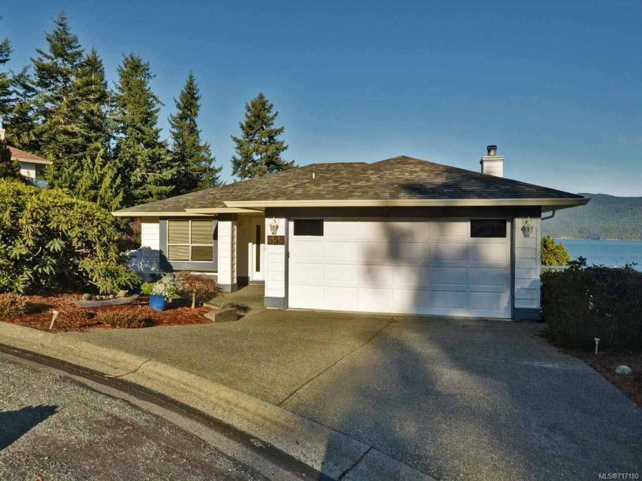 Main Photo: 555 Marine Pl in COBBLE HILL: ML Cobble Hill House for sale (Malahat & Area)  : MLS®# 717180