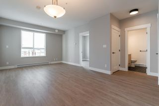 """Photo 21: B412 20838 78B Avenue in Langley: Willoughby Heights Condo for sale in """"Hudson & Singer"""" : MLS®# R2600862"""