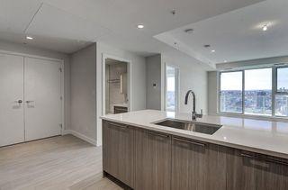Photo 6: 1508 930 16 Avenue SW in Calgary: Beltline Apartment for sale : MLS®# C4274898