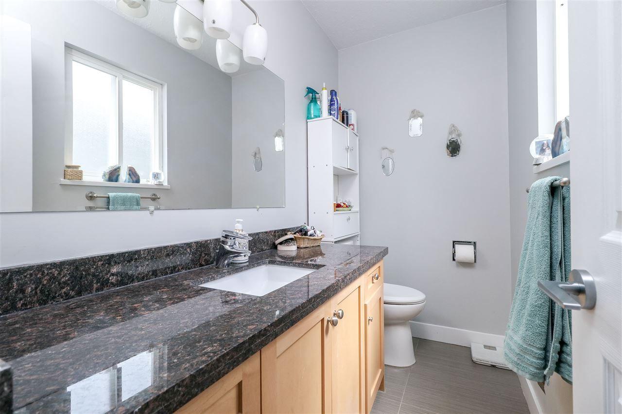 Photo 9: Photos: 11664 209 Street in Maple Ridge: Southwest Maple Ridge House for sale : MLS®# R2278498