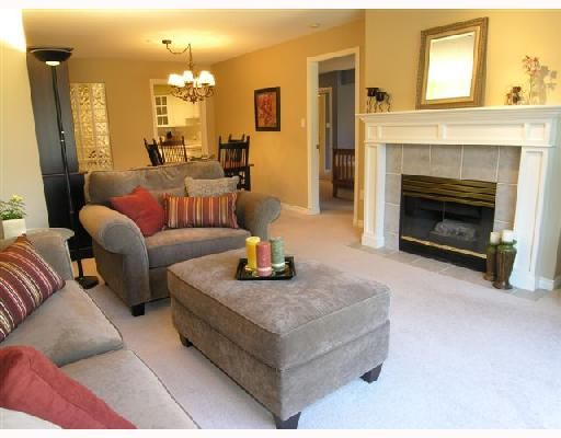 """Main Photo: 207 1140 STRATHAVEN Drive in North Vancouver: Northlands Condo for sale in """"STRATHAVEN"""" : MLS®# V692659"""