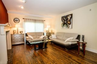 """Photo 3: 13 2990 PANORAMA Drive in Coquitlam: Westwood Plateau Townhouse for sale in """"WESTBROOK VILLAGE"""" : MLS®# R2174488"""