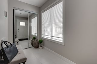 Photo 3: 103 17832 78 Street NW in Edmonton: Zone 28 Townhouse for sale : MLS®# E4230549
