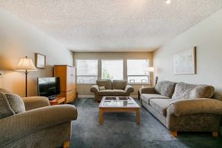 Photo 3: 6173 131A Street in Surrey: Panorama Ridge House for sale : MLS®# R2344455