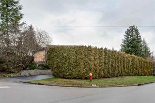 Photo 4: 407 DRAYCOTT Street in Coquitlam: Central Coquitlam House for sale : MLS®# R2417540