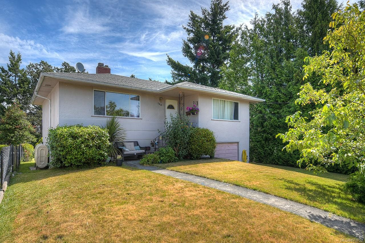 Main Photo: 130 Kamloops Ave in : SW Tillicum House for sale (Saanich West)  : MLS®# 871752