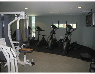 """Photo 3: 806 688 ABBOTT Street in Vancouver: Downtown VW Condo for sale in """"FIRENZE - TOWER II"""" (Vancouver West)  : MLS®# V656581"""