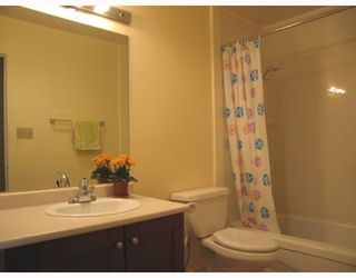 """Photo 4: 359 8151 RYAN Road in Richmond: South Arm Condo for sale in """"MAYFAIR COURT"""" : MLS®# V771323"""