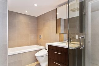 """Photo 16: 251 108 W 1ST Avenue in Vancouver: False Creek Townhouse for sale in """"WALL CENTRE FALSE CREEK EAST TOWER"""" (Vancouver West)  : MLS®# R2620424"""
