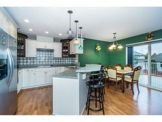"""Photo 7: 27945 JUNCTION Avenue in Abbotsford: Aberdeen House for sale in """"~Station~"""" : MLS®# R2216162"""