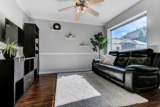 """Photo 11: 3 18951 FORD Road in Pitt Meadows: Central Meadows Townhouse for sale in """"PINE MEADOWS"""" : MLS®# R2588089"""