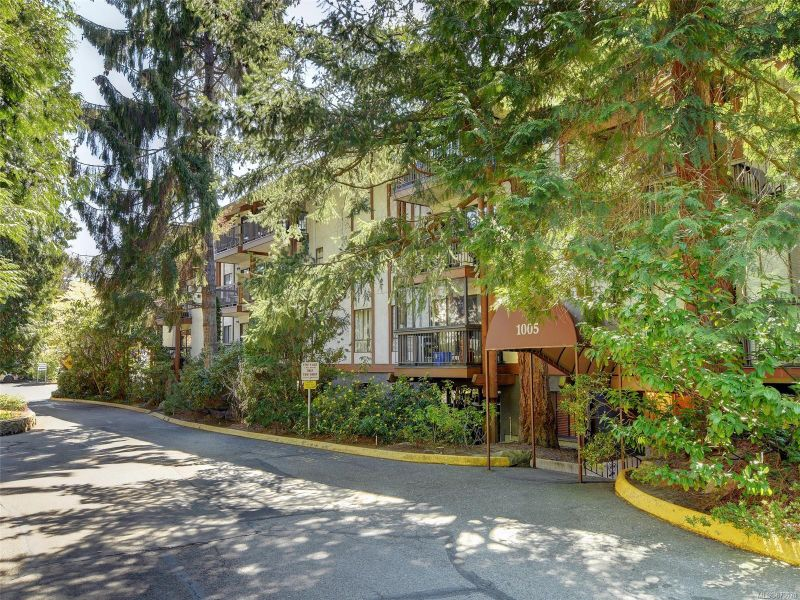 FEATURED LISTING: 402 - 1005 McKenzie Ave