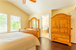 """Photo 28: 23009 JENNY LEWIS Avenue in Langley: Fort Langley House for sale in """"Bedford Landing"""" : MLS®# R2506566"""