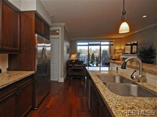 Photo 8: 209 755 Goldstream Ave in VICTORIA: La Langford Proper Condo for sale (Langford)  : MLS®# 590944