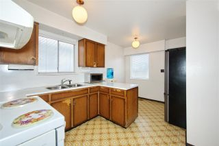 Photo 10: 235 E 62ND Avenue in Vancouver: South Vancouver House for sale (Vancouver East)  : MLS®# R2433374