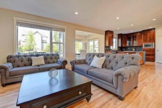 Photo 12: 28 DISCOVERY RIDGE Mount SW in Calgary: Discovery Ridge House for sale : MLS®# C4161559