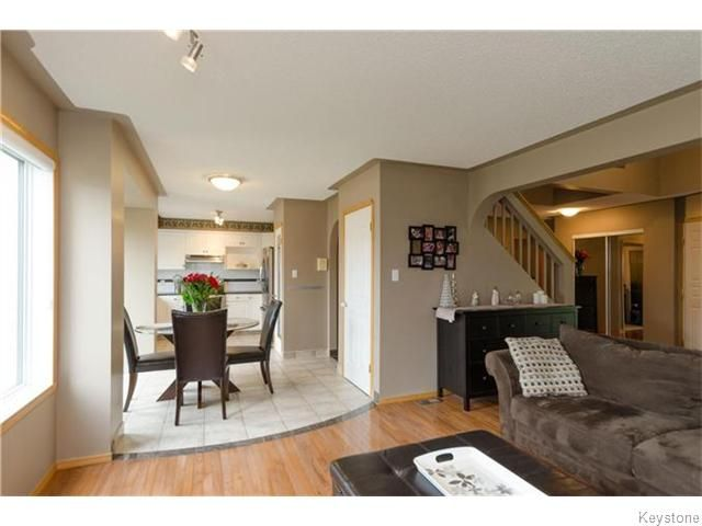 Photo 5: Photos: 31 Forestgate Avenue in Winnipeg: Linden Woods Residential for sale (1M)  : MLS®# 1626688