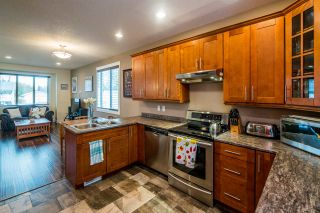 Photo 8: 2910 GREENFOREST Crescent in Prince George: Emerald House for sale (PG City North (Zone 73))  : MLS®# R2433232