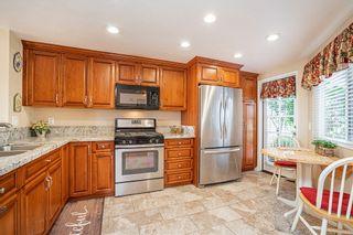 Photo 4: LA MESA Condo for sale : 3 bedrooms : 3888 Murray Hill Rd