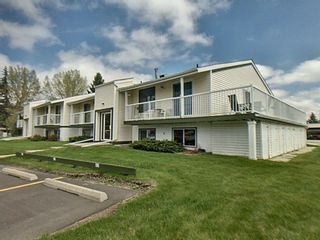 Main Photo: 8 5 Stanton Street: Red Deer Row/Townhouse for sale : MLS®# A1113705