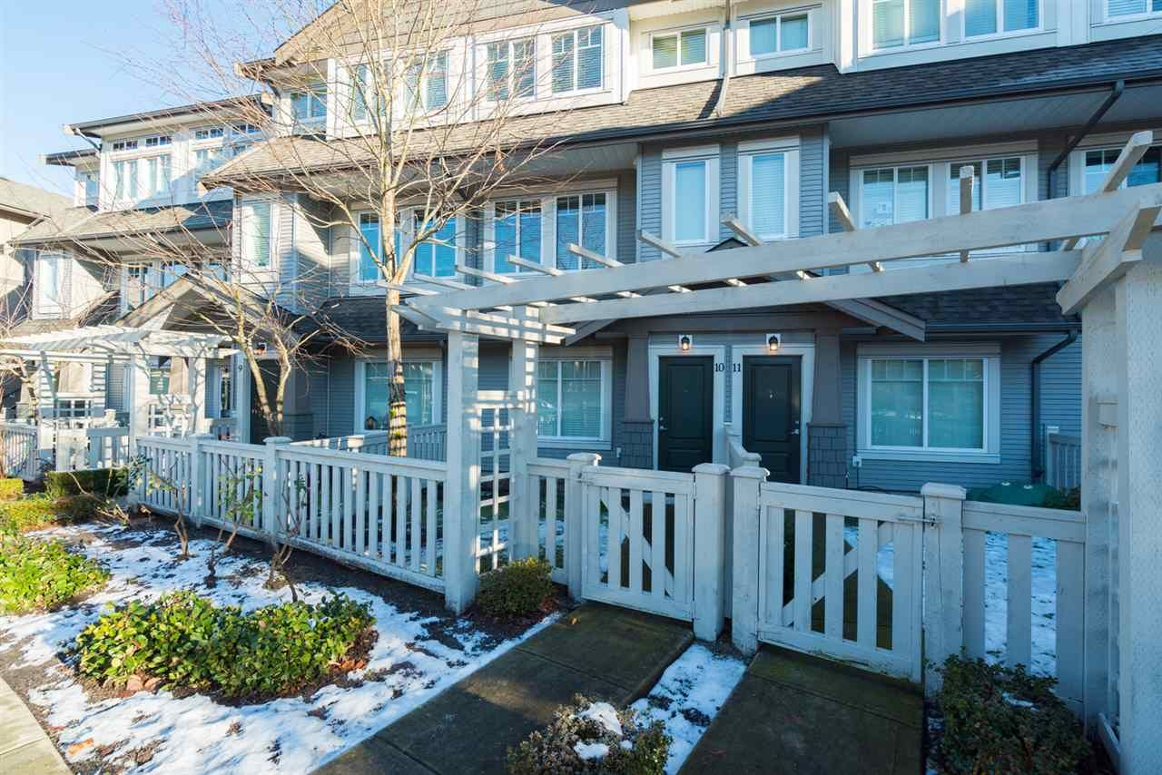 """Main Photo: 10 8250 209B Street in Langley: Willoughby Heights Townhouse for sale in """"OUTLOOK"""" : MLS®# R2229539"""