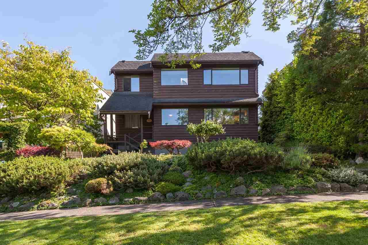 """Main Photo: 3268 W 21ST Avenue in Vancouver: Dunbar House for sale in """"Dunbar"""" (Vancouver West)  : MLS®# R2177204"""