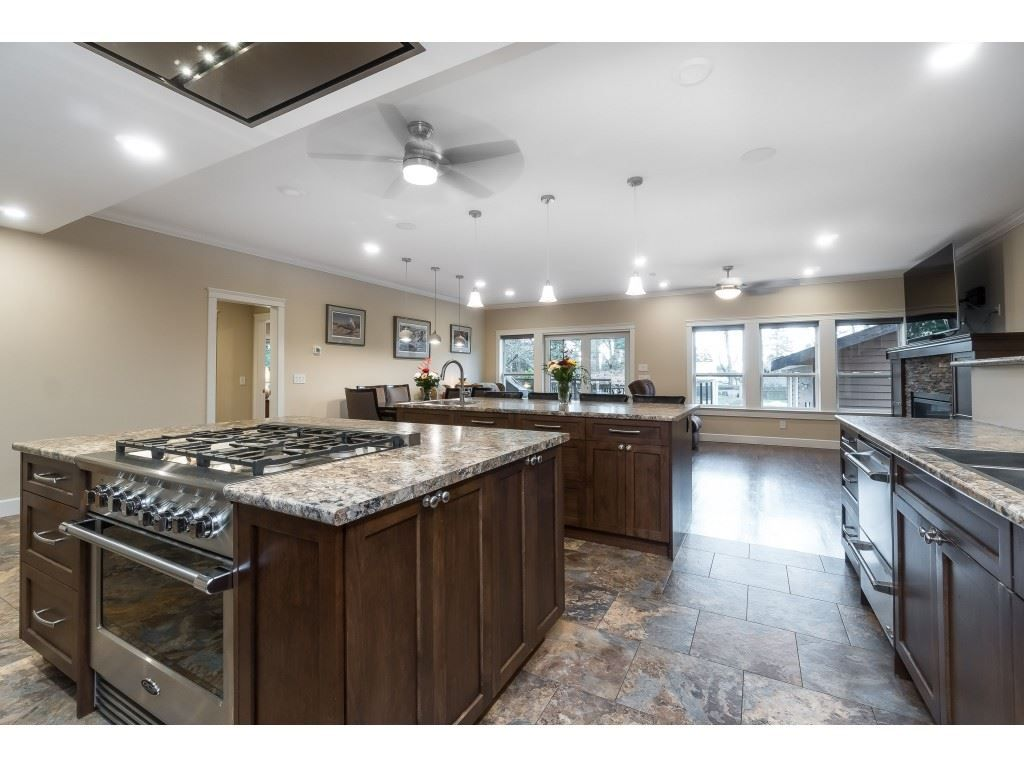 Photo 7: Photos: 11560 81A Avenue in Delta: Scottsdale House for sale (N. Delta)  : MLS®# R2520642