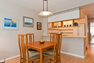 """Photo 14: 311 1978 VINE Street in Vancouver: Kitsilano Condo for sale in """"THE CAPERS BUILDING"""" (Vancouver West)  : MLS®# V954905"""