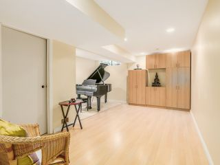 """Photo 10: 1236 PREMIER Street in NORTH VANC: Lynnmour Townhouse for sale in """"LYNNMOUR VILLAGE"""" (North Vancouver)  : MLS®# R2006636"""