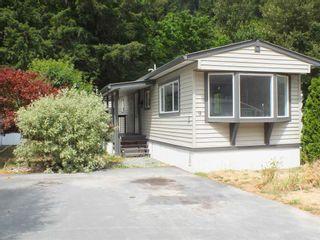 "Photo 1: 9E 65367 KAWKAWA LAKE Road in Hope: Hope Kawkawa Lake Manufactured Home for sale in ""CRYSTAL RIVER COURT MHP"" : MLS®# R2605733"