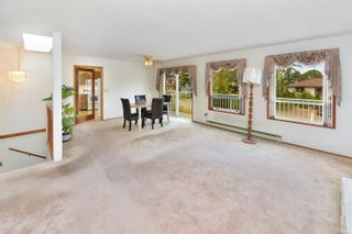 Photo 9: 597 LEASIDE Ave in : SW Glanford House for sale (Saanich West)  : MLS®# 878105