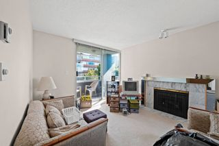 """Photo 4: 701 1436 HARWOOD Street in Vancouver: West End VW Condo for sale in """"HARWOOD HOUSE"""" (Vancouver West)  : MLS®# R2606000"""