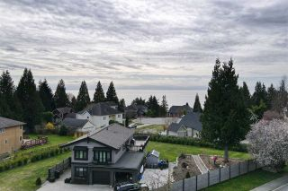 """Photo 34: 1470 VERNON Drive in Gibsons: Gibsons & Area House for sale in """"Bonniebrook"""" (Sunshine Coast)  : MLS®# R2558606"""