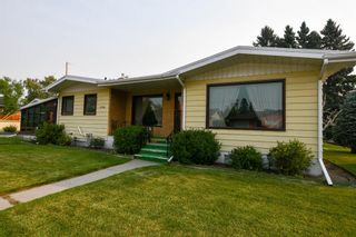 Photo 1: 3724 Brooklyn Crescent NW in Calgary: Brentwood Detached for sale : MLS®# A1134916