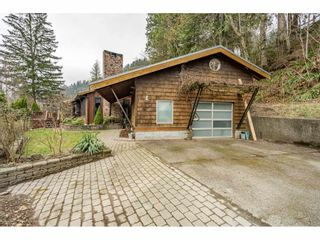 Photo 2: 5850 JINKERSON Road in Chilliwack: Promontory House for sale (Sardis)  : MLS®# R2548165