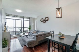 """Photo 1: 1902 4250 DAWSON Street in Burnaby: Brentwood Park Condo for sale in """"OMA2"""" (Burnaby North)  : MLS®# R2484104"""