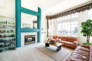 Photo 4: 2621 MARBLE Court in Coquitlam: Westwood Plateau House for sale : MLS®# R2598451