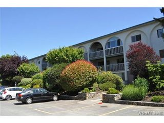 Photo 2: 103 2040 White Birch Rd in SIDNEY: Si Sidney North-East Condo for sale (Sidney)  : MLS®# 705876