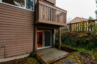 """Photo 33: 516 LEHMAN Place in Port Moody: North Shore Pt Moody Townhouse for sale in """"Eagle Point"""" : MLS®# R2424791"""